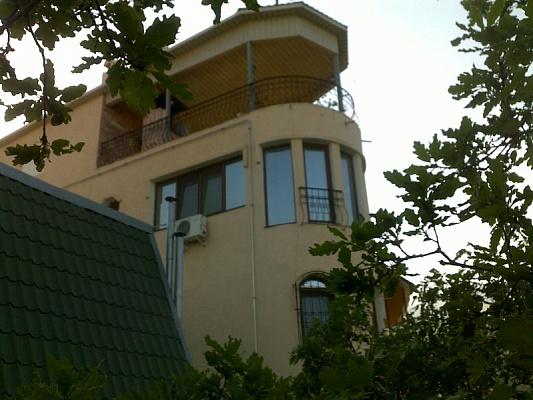 2-комнатная квартира посуточно в Партените. ул. Приозерная, 2. Фото 1