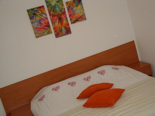 1-комнатная квартира посуточно в Тернополе. ул. 15 апреля, 2д. Фото 1