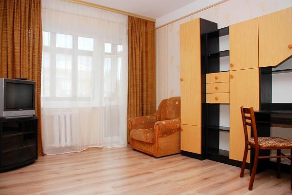 1-комнатная квартира посуточно в Киеве. Шевченковский район, ул. Щербакова, 53. Фото 1