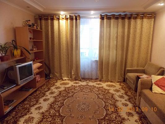 2-комнатная квартира посуточно в Житомире. ул. Домбровского, 59в. Фото 1
