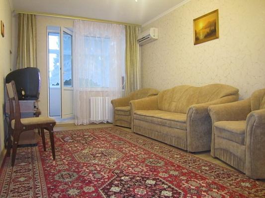 1-комнатная квартира посуточно в Одессе. Киевский район, пр-т Маршала Жукова, 32. Фото 1