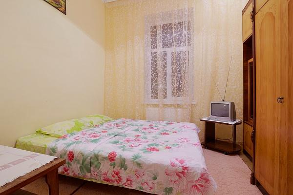 1-комнатная квартира посуточно в Львове. Лычаковский район, ул. Зелёная, 56. Фото 1