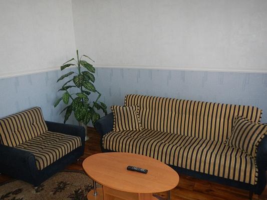 3-комнатная квартира посуточно в Умани. ул. Советская, 26. Фото 1