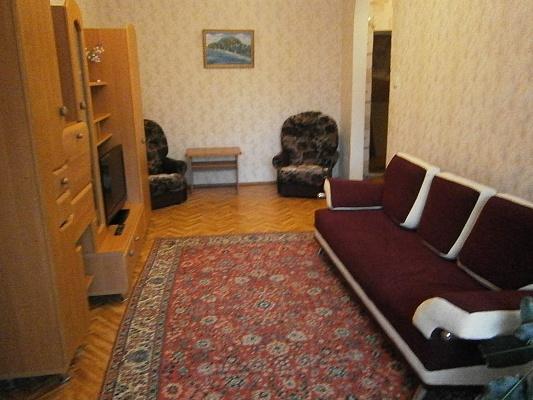 2-комнатная квартира посуточно в Партените. ул. Солнечная, 13. Фото 1