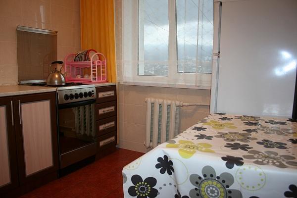1-комнатная квартира посуточно в Ялте. ул. Щербака, 23. Фото 1