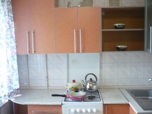 1-комнатная квартира посуточно в Мелитополе. ул. Богдана Хмельницкого, 54 . Фото 1
