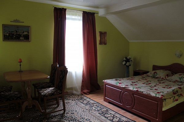Мини-отель  посуточно в Каменце-Подольском. ул. Чехова, 10. Фото 1