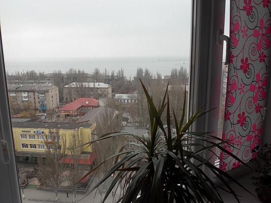 2-комнатная квартира посуточно в Бердянске. Горбенко, 1. Фото 1