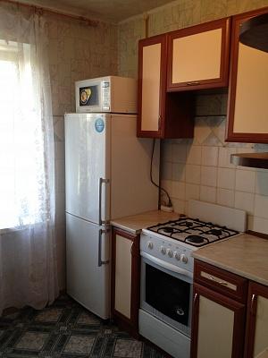1-комнатная квартира посуточно в Киеве. Соломенский район, ул. Волгоградская, 18. Фото 1