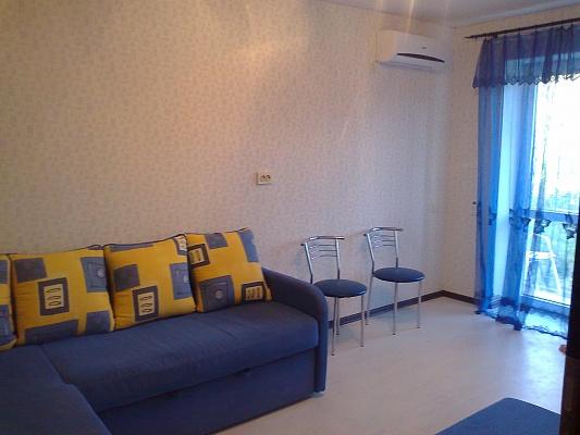 1-комнатная квартира посуточно в Евпатории. ул. Фрунзе, 53. Фото 1