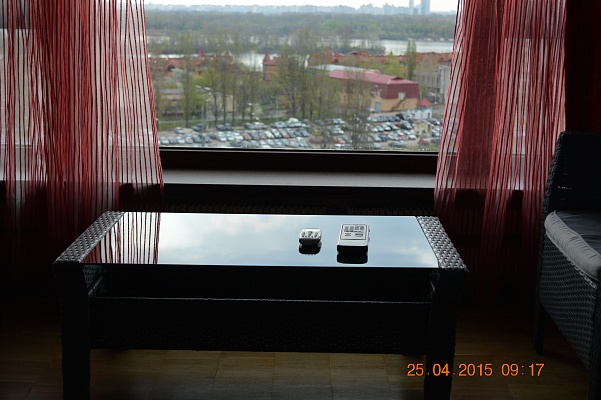 1-комнатная квартира посуточно в Киеве. Оболонский район, пр-т Героев Сталинграда, 17а. Фото 1