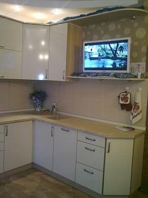 1-комнатная квартира посуточно в Ильичёвске. Пригород район, ул. Героев Сталинграда, 1. Фото 1