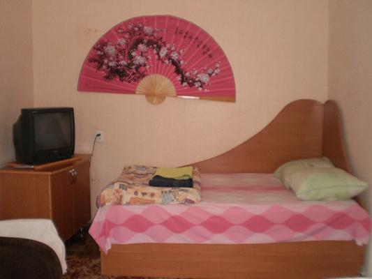 1-комнатная квартира посуточно в Виннице. Ленинский район, ул. Порика, 1. Фото 1