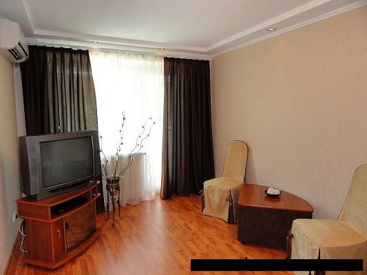 1-комнатная квартира посуточно в Никополе. ул. Каштановая, 54. Фото 1
