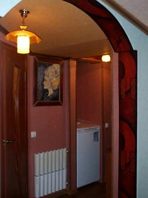 2-комнатная квартира посуточно в Бердянске. ул. Ульяновых. Фото 1