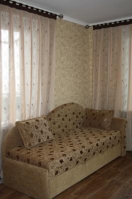 1-комнатная квартира посуточно в Мариуполе. б-р Шевченко, 333. Фото 1