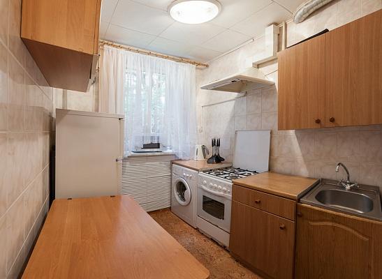 2-комнатная квартира посуточно в Одессе. Приморский район, пр-т Гагарина , 8а. Фото 1