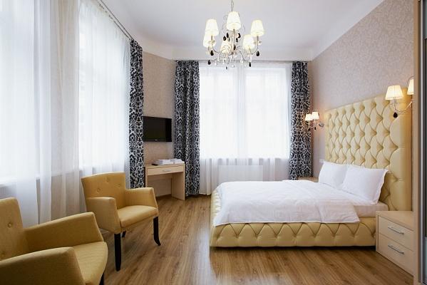 1-комнатная квартира посуточно в Львове. Галицкий район, ул. Братьев Рогатинцев, 43. Фото 1