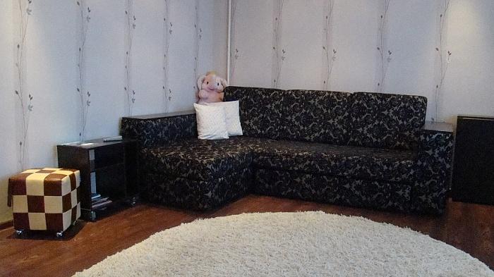 1-комнатная квартира посуточно в Чернигове. Деснянский район, пр-т Мира, 35-Б. Фото 1