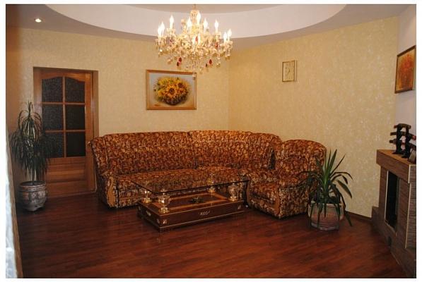 Дом  посуточно в Феодосии. ул. Чехова, 19. Фото 1