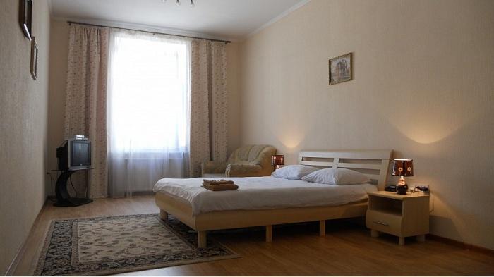 1-комнатная квартира посуточно в Львове. Галицкий район, ул. Гнатюка, 17. Фото 1