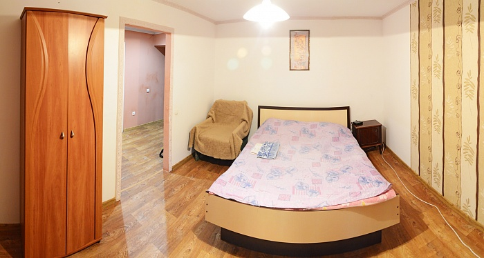 1-комнатная квартира посуточно в Сумах. Ковпаковский район, ул. Горького, 41. Фото 1
