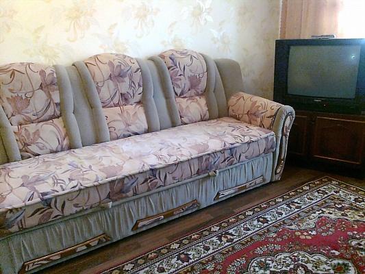 2-комнатная квартира посуточно в Каменце-Подольском. ул. Кориатовичей, 9. Фото 1