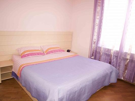 3-комнатная квартира посуточно в Львове. Зализнычный район, ул. Шевченка, 33. Фото 1