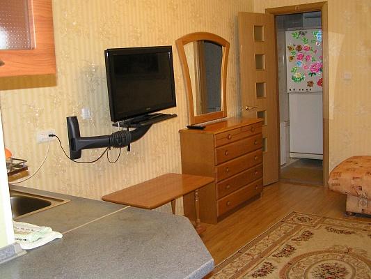 1-комнатная квартира посуточно в Партените. ул. Парковая, 3. Фото 1