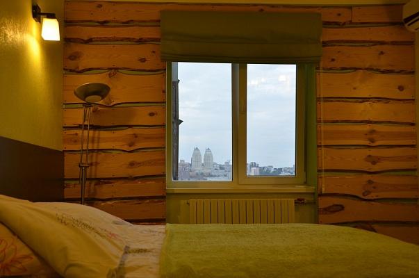 1-комнатная квартира посуточно в Днепропетровске. Амур-Нижнеднепровский район, ул. Малиновского, 60. Фото 1