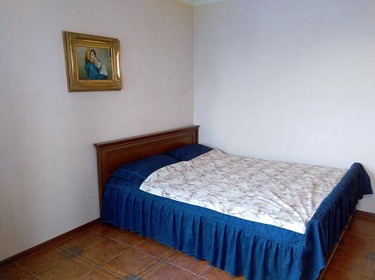 2-комнатная квартира посуточно в Виннице. Замостянский район, ул. Киевская, 38-А. Фото 1