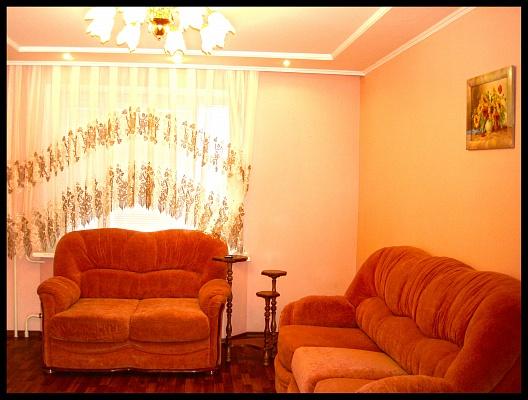 1-комнатная квартира посуточно в Сумах. Заречный район, ул. Заливная, 9. Фото 1