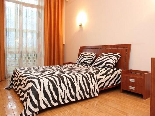 2-комнатная квартира посуточно в Одессе. Приморский район, ул. Ришельевская, 7. Фото 1