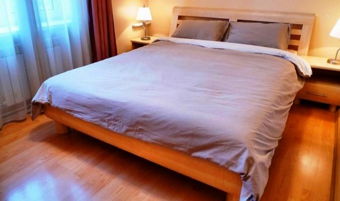 2-комнатная квартира посуточно в Севастополе. Ленинский район, Луначарского, 8. Фото 1