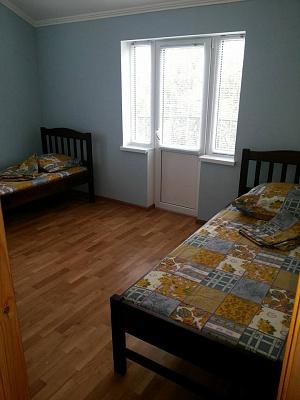 1-комнатная квартира посуточно в Бердянске. ул. Мазина, 22. Фото 1