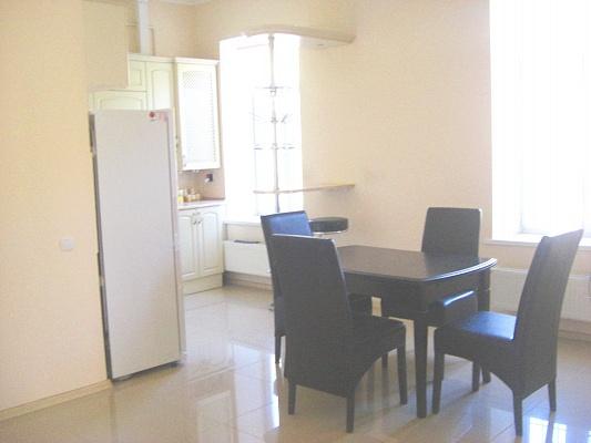 2-комнатная квартира посуточно в Одессе. Приморский район, Канатная, 19. Фото 1