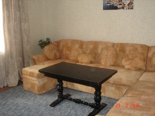 2-комнатная квартира посуточно в Полтаве. Киевский район, ул. Опытная, 12. Фото 1