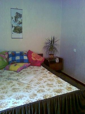 2-комнатная квартира посуточно в Каменце-Подольском. ул. Данила Галицкого, 30. Фото 1