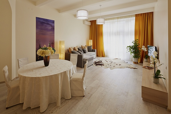 2-комнатная квартира посуточно в Львове. Галицкий район, ул. Коперника, 30. Фото 1