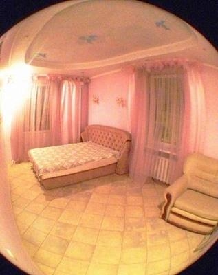 2-комнатная квартира посуточно в Севастополе. Ленинский район, Очаковцев, 33. Фото 1