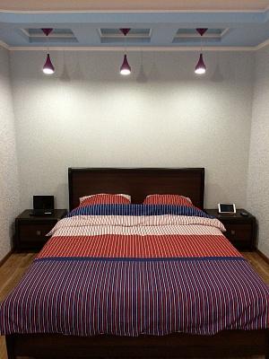 1-комнатная квартира посуточно в Мариуполе. бул. Хмельницкого, 31. Фото 1