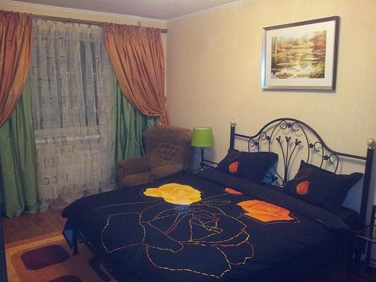 2-комнатная квартира посуточно в Николаеве. Центральный район, ул. К. Либкнехта, 4. Фото 1