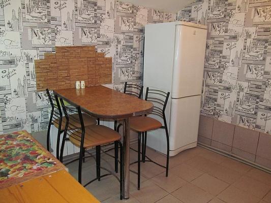 1-комнатная квартира посуточно в Львове. Лычаковский район, ул. Шота Руставели, 2. Фото 1