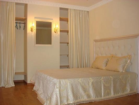 1-комнатная квартира посуточно в Херсоне. Суворовский район, ул. Гагарина, 4. Фото 1
