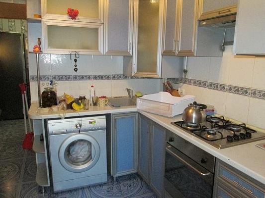 2-комнатная квартира посуточно в Евпатории. пр-т Ленина, 20. Фото 1