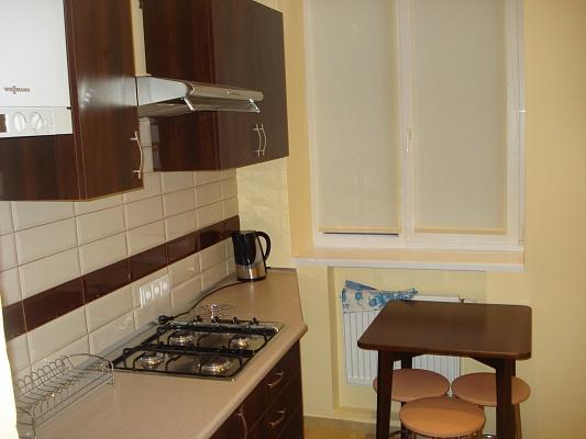 1-комнатная квартира посуточно в Львове. Галицкий район, ул. Генерала Чупринки, 6. Фото 1