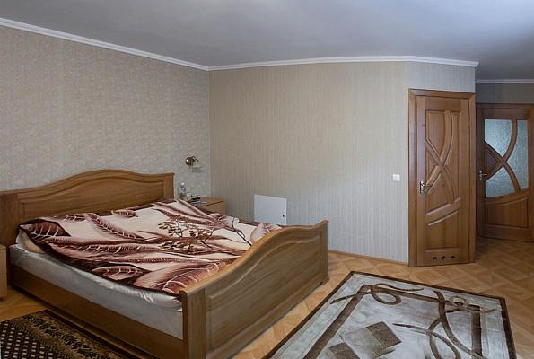 1-комнатная квартира посуточно в Трускавце. ул. Шевченко, 1. Фото 1