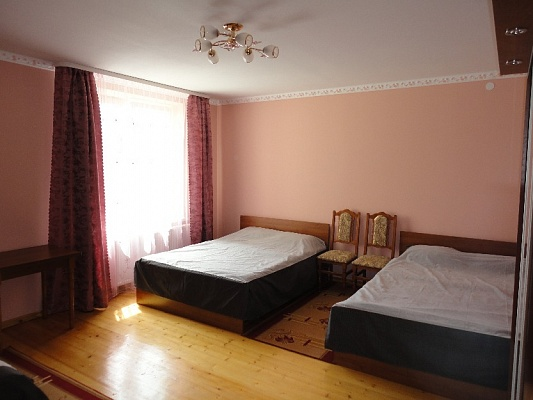 Дом  посуточно в Трускавце. ул. Н. Лысенко, 17. Фото 1