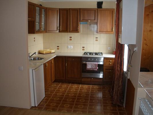 3-комнатная квартира посуточно в Бердянске. ул. Энгельса, 43. Фото 1