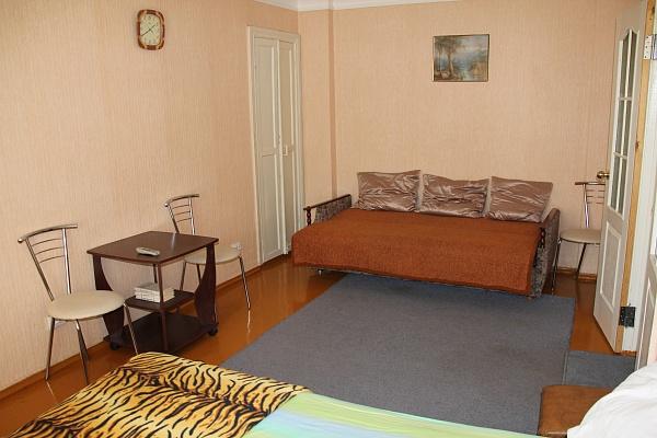 1-комнатная квартира посуточно в Бердянске. ул. Горбенко, 11. Фото 1
